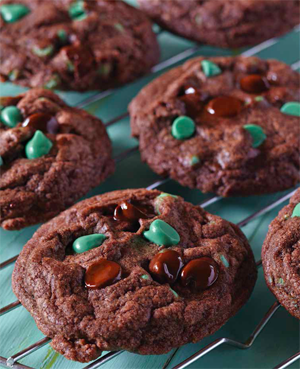 chocolate candy cookies Celebrate 300w