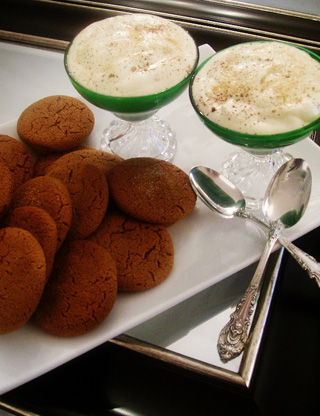 Bourbon_mousse_Gingersnap_cookies