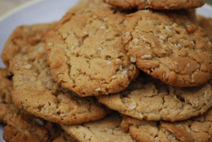 Oatmeal_pnutb_cookie_sm