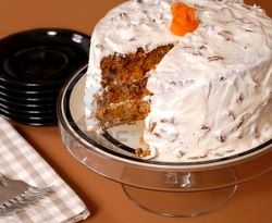 carrot-cake-with-cream-cheese-and-pecan-frosting